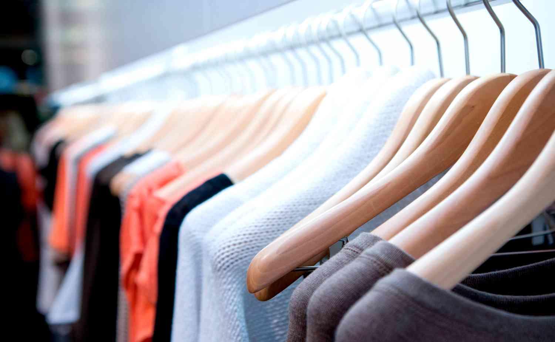Почему следует отдавать свою одежду в химчистку?